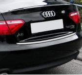 Baguette de coffre chromée Audi A4 série 1 9498