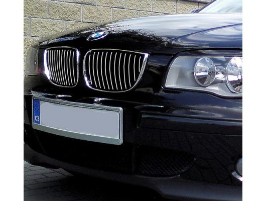 Chromleiste für Kühlergrill BMW Série 1 E81 0711E82 0719 coupéE87 0407E87 LCI 0711