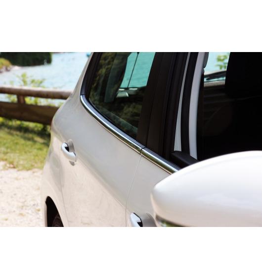 Side windows lower chrome trim Peugeot 208