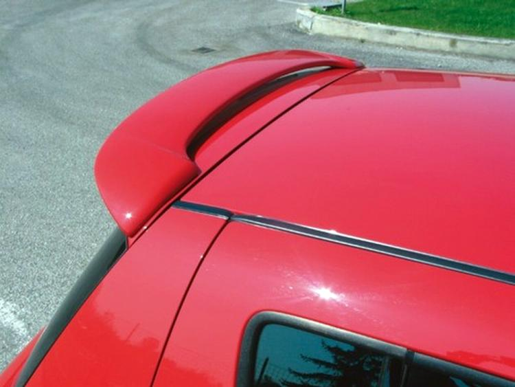 Spoiler / fin Suzuki Swift II 04-10 primed