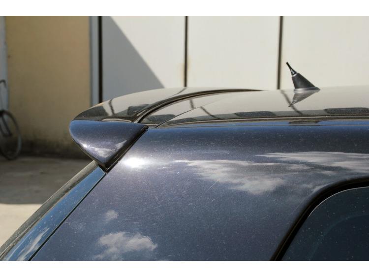 Spoiler / fin VW Golf 5 VW Golf 5 GT TDI VW Golf 5 GTI VW Golf 5 R32 v2 primed
