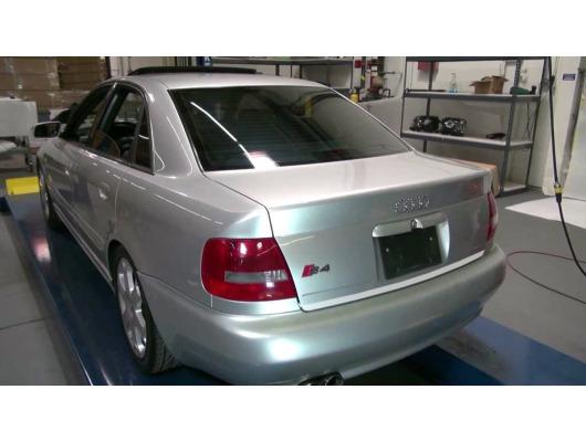 Trunk chrome trim Audi A4 série 1 9498  Audi A4 série 1 phase 2 9900