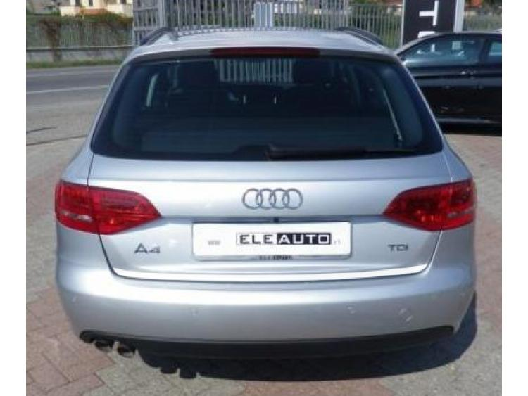 Trunk chrome trim Audi A4 série 3 phase 2 avant 11-21
