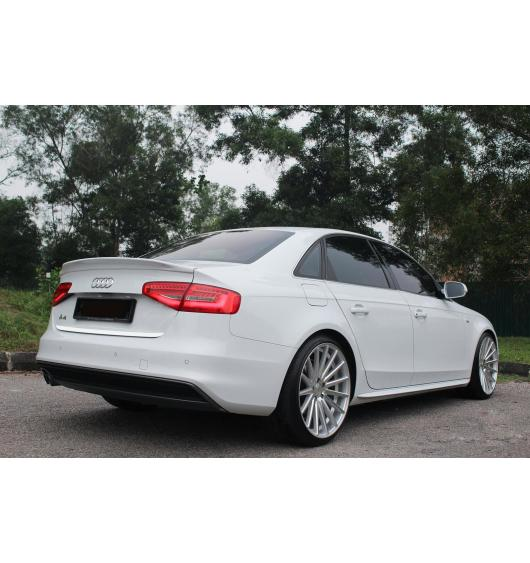 Trunk chrome trim Audi A4 série 3 07-11