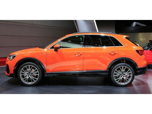 Side windows chrome trim Audi Q3