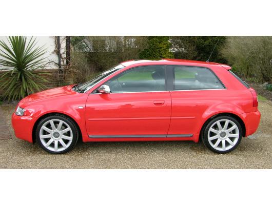 Side windows lower chrome trim Audi S3 9803