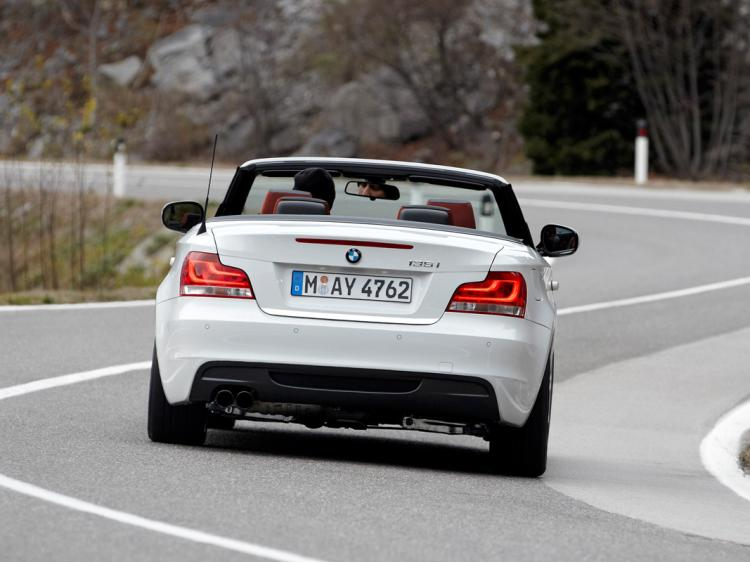 Baguette de coffre chromée BMW Série 1 E88 08-13 cabrio