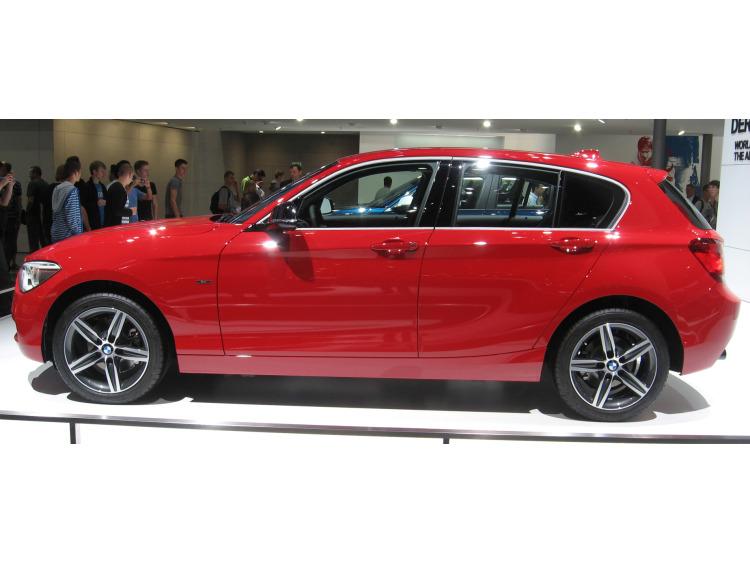 Baguette chromée de contour des vitres latérales BMW Série 1 F20 11-21 5p